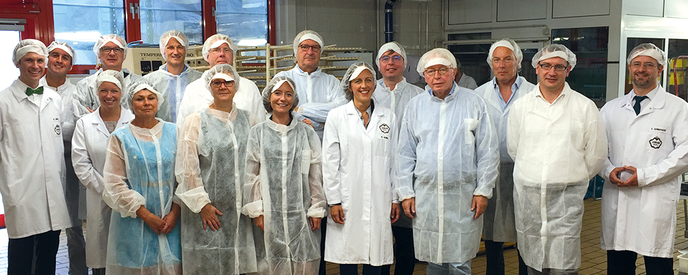 Major Belgian Chocolate Producer Neuhaus Visits Sawade and Is Impressed