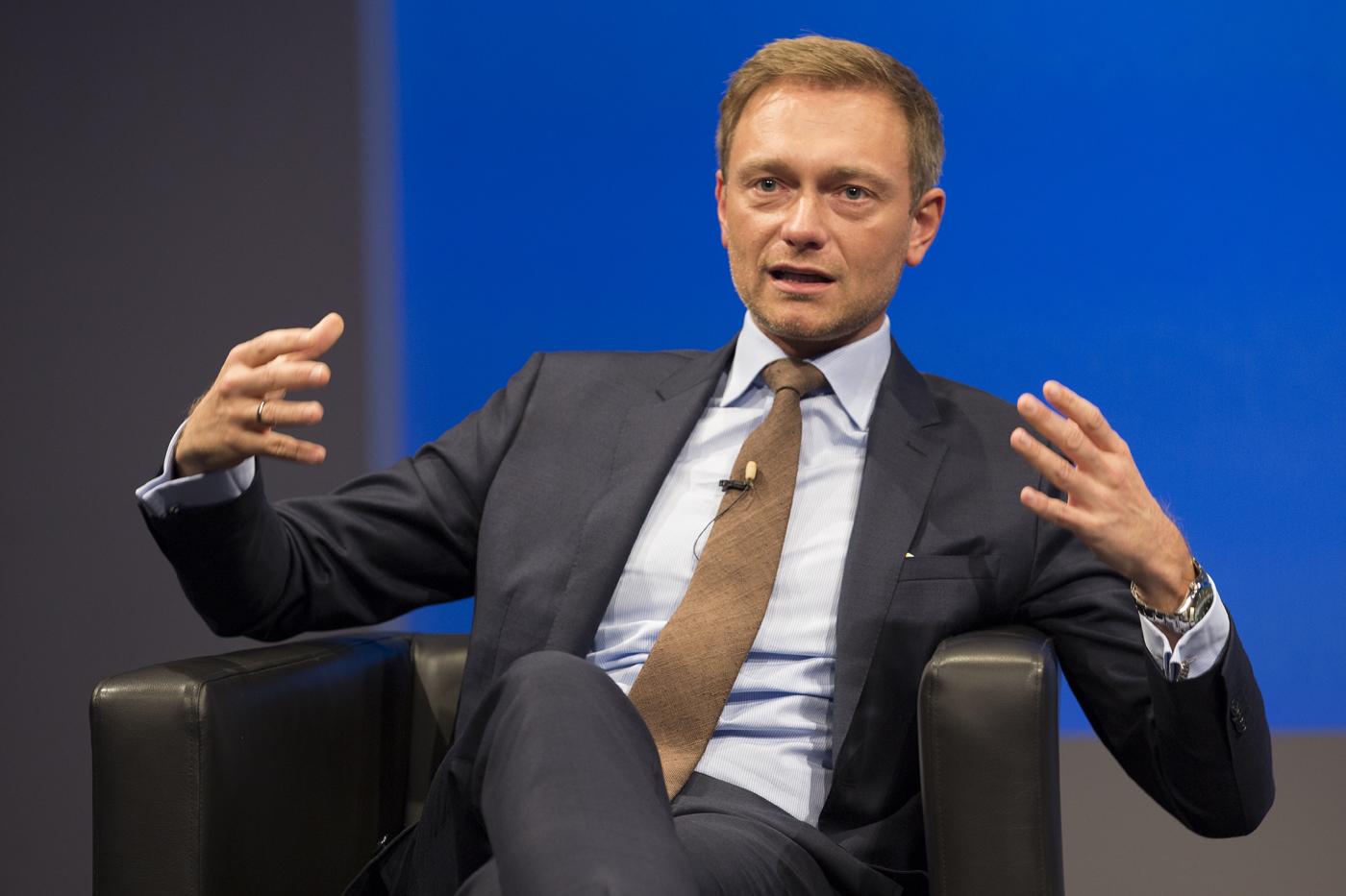 Politiker, die in Startups investieren | Companisto Blog