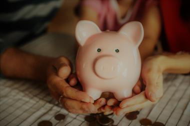 How to Save Money for Investing | Companisto