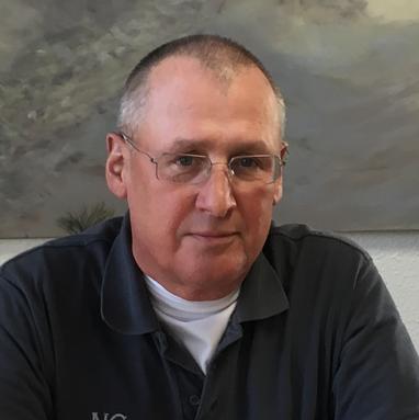 Dr. Michael Wittwer ist seit über 30 Jahren Arzt und seit 24 Jahren niedergelassener Facharzt für Innere Medizin in Kiel.