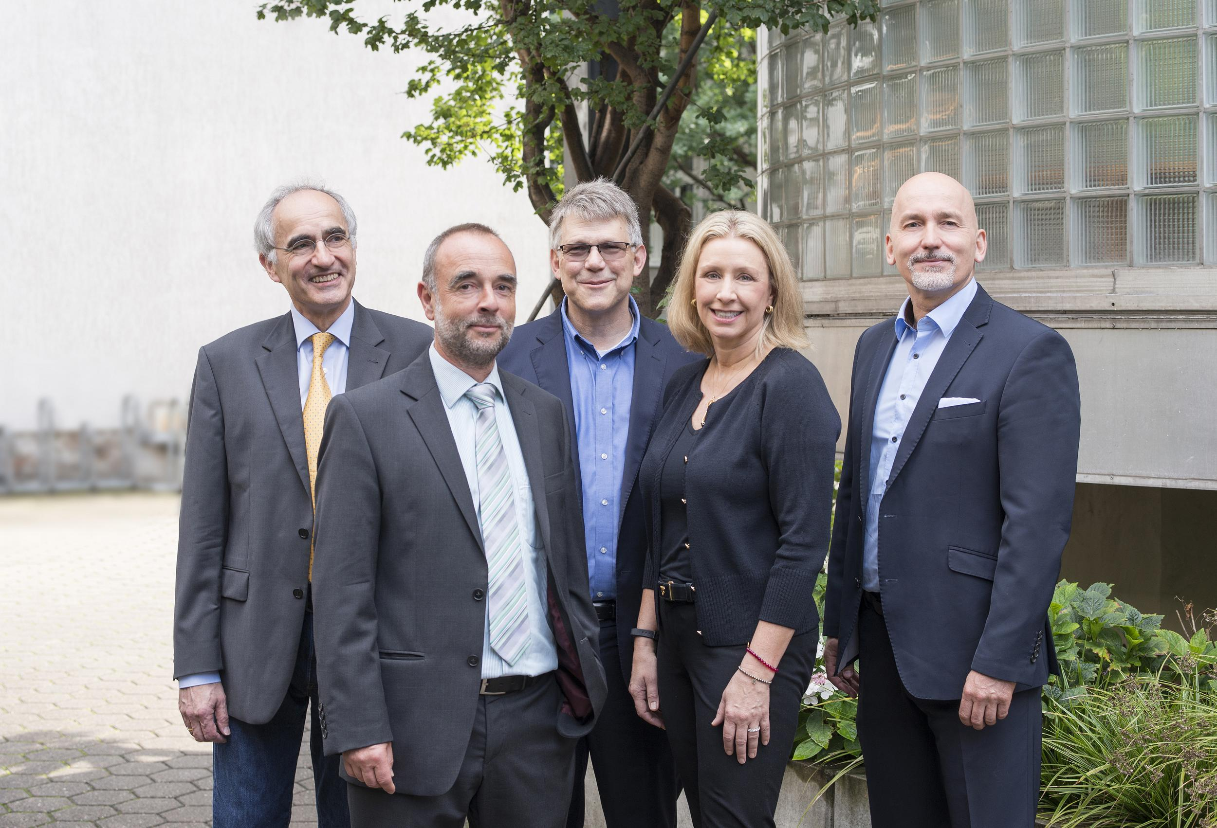 Das Team von Natural Dental Implants Aktiengesellschaft